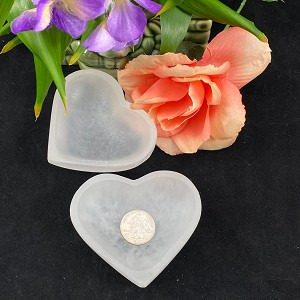 Selenite Heart Bowl  3.5in / 9cm (1 pc)